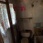 6- bathroom